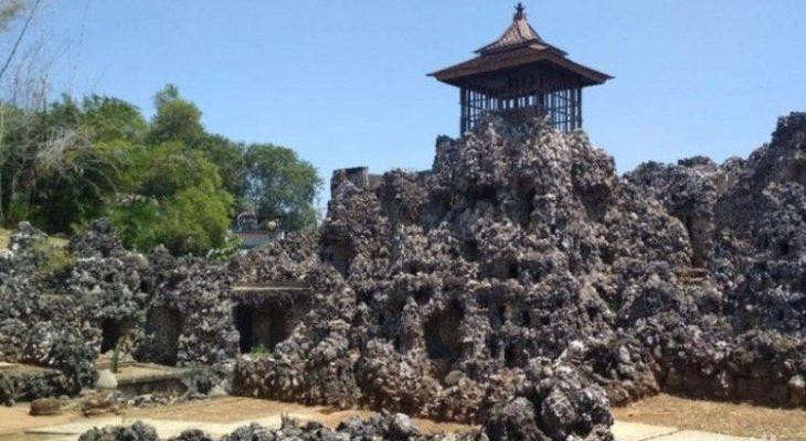 10 Objek Wisata Alam di Cirebon yang Kekinian & Populer