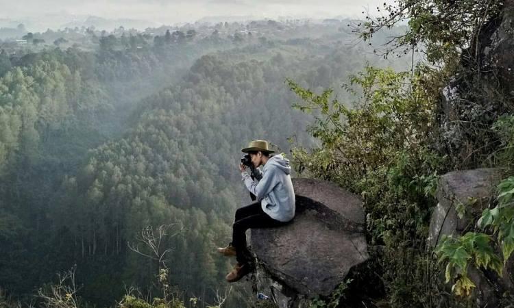 Aktivitas Menarik di Tebing Keraton Bandung
