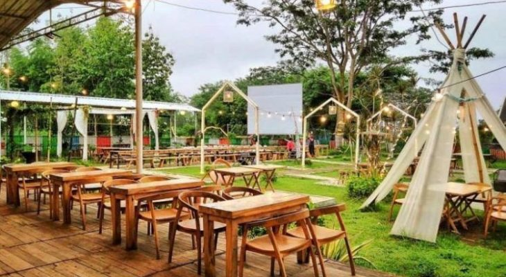 25 Cafe & Tempat Nongkrong di Malang yang Hits dan Kekinian