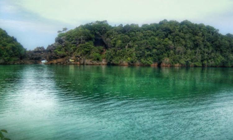 Daya Tarik Pulau Sempu