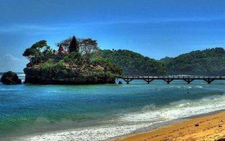 Pantai Ngliyep Malang – Daya Tarik, Tiket & Aktivitas Seru Buat Liburan