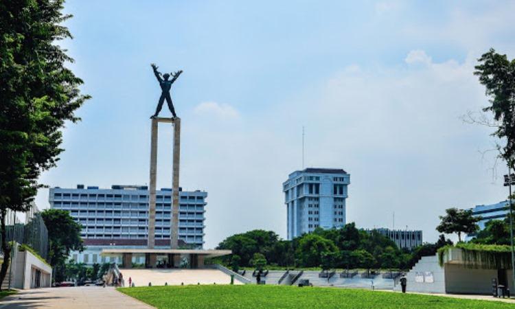 Taman Lapangan Benteng