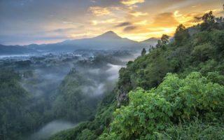 Tebing Keraton Bandung – 12 Daya Tarik & Aktivitas Seru Buat Liburan